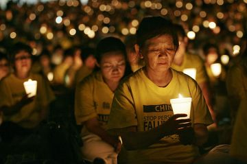 Candel_light_vigil_for_those_who_are_tortured_and_killed_in_China