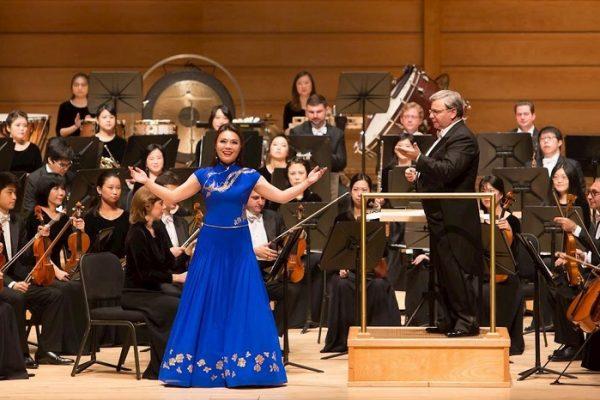 2017-10-23-shenyun-symphony-dc_06-600x400